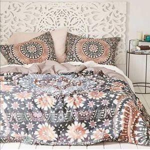 UO Magical Thinking Mandala Bedding Set